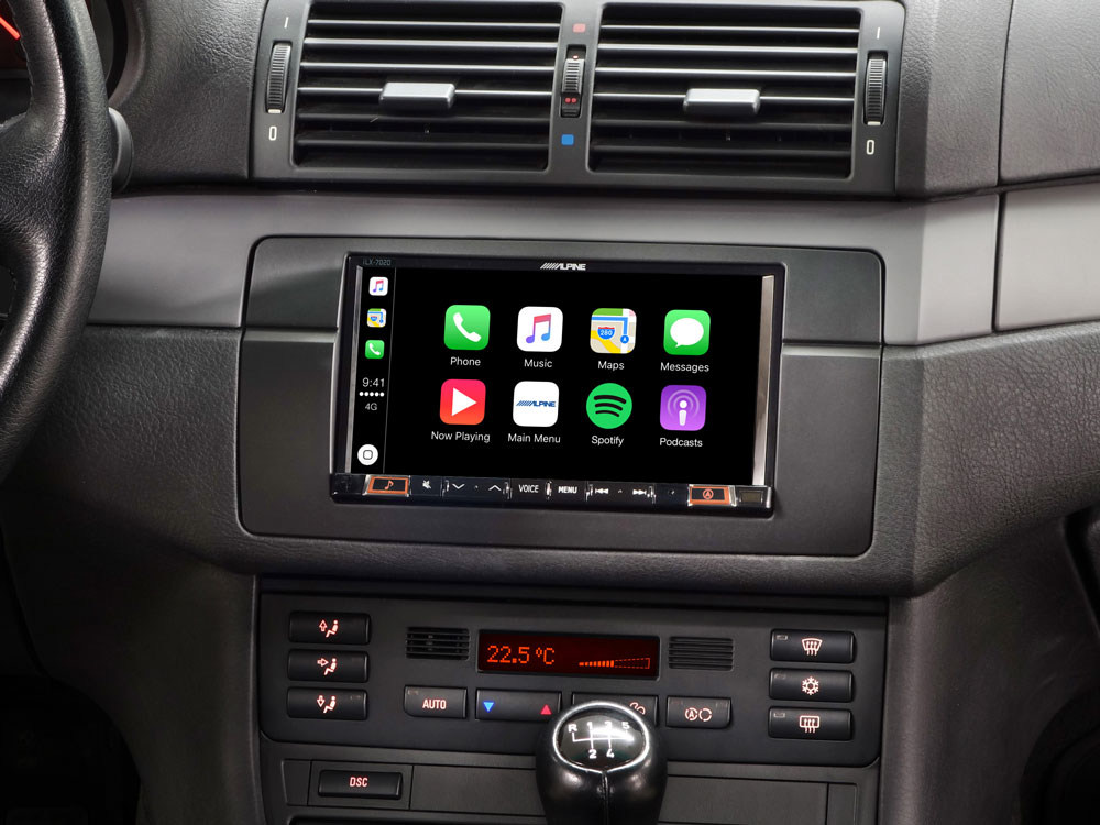 """7"""" Mobile Media System for BMW 3-series E46 featuring Apple CarPlay"""